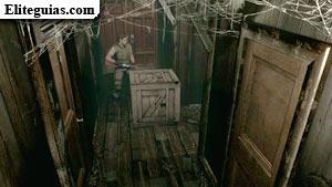 Caja de madera en la Casa de invitados
