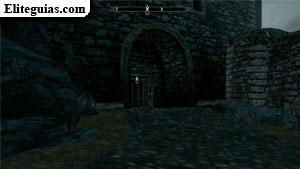 Cuenca del Dragón - Puerta lateral